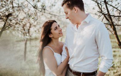 Sesja wśród kwitnących wiśni- Marta & Mateusz